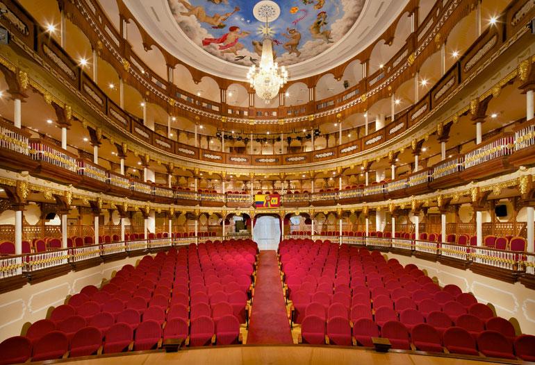 Graphenstone restauración del teatro Heredia en Colombia